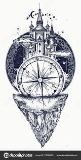 средневековый замок горы и компас тату искусства векторное