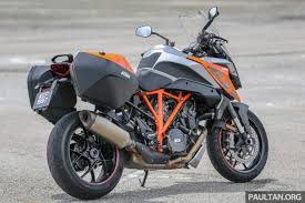 2018 ktm super duke. modren ktm when we picked up the super duke gt from ktm it was pointed out that  tyres fitted were not standard but rather supersticky pirelli rosso iiis throughout 2018 ktm super duke