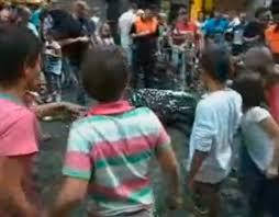 Resultado de imagen de CRUELDAD INFANTIL DURANTE LAS BECERRADAS DE ALGEMESI
