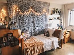 Dorm Apartment Decorating Ideas Set