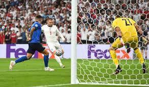 نصف الوقت: إيطاليا تتخلف عن إنجلترا في ويمبلي - فوتبول إيطاليا