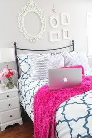 Navy And Pink Bedroom Jadore J Crew Beautifully Designed Spaces Pinterest