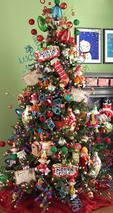 North Pole Christmas Tree - love the post cards!