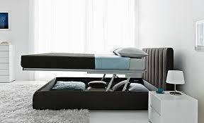 Come Fare Un Letto Contenitore : Casa design come rifare un letto matrimoniale plus