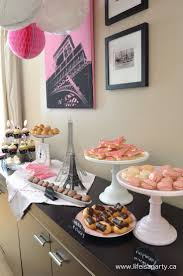 Paris Themed Decorations For A Bedroom 17 Best Ideas About French Themed Parties On Pinterest French