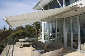 melbourne retractable awning