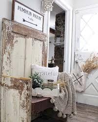 40 Rustic Farmhouse Entryway Decorating Ideas