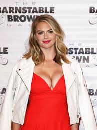Kentucky Derby Hairstyles Kate Upton At 28th Annual Barnstable Brown Kentucky Derby Eve Gala