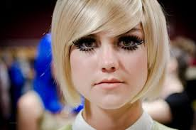 what i can do is perfect those beautiful sixties eye makeup looks that were made famous by the likes of twiggy and pattie boyd