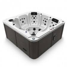 6 seater hot tub 105 jets including cover chemical start up kit free delivery