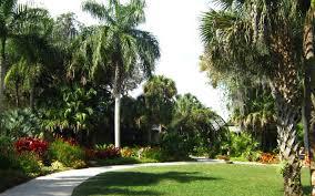 visiting mckee botanical gardens miss