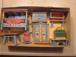 miniature doll furniture. DORA KUHN GERMAN WOOD DOLL HOUSE FURNITURE BAVARIAN STYLE   EBay Miniature Doll Furniture K