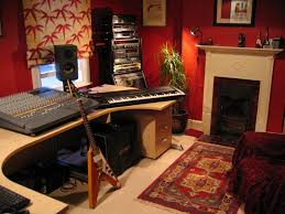 Home Recording Studio Ideas: Large Outboard Gear Rack