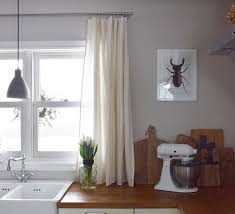Wie Ihr In 10 Minuten Aus Einer Tischdecke Einen Vorhang Zaubert