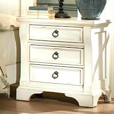 Distressed White Bedroom Furniture White Distressed Distressed White