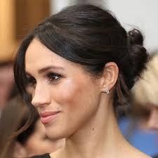 let this megan markle signature makeup routine tide your over until royal wedding