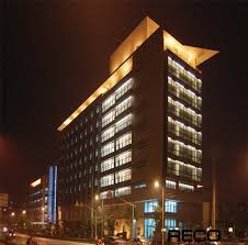 project picture building facade lighting