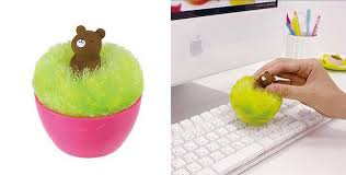 decorate your office desk. TableThings4 Decorate Your Office Desk C
