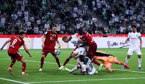 Robert lewandowski (fc bayern münchen) right footed shot from more than 35 yards is too high. Borussia Monchengladbach Fc Bayern Munchen Noten Und Einzelkritiken Zum Bundesliga Auftaktspiel Seite 1