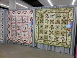 Traditional Primitives~~~: AQS Quilt Week...Part 1...The Des ... & I know the judge must have had a tough time choosing the top quilts. Wish  we could have given ribbons to all! Adamdwight.com