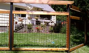 1000 images about fencing with wire and wood frame fence for front yard design ideas