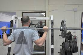 how to clean large mirrors in fitness studios