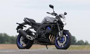 2018 bmw f800r. exellent bmw comparative motorcycles yamaha mt09 vs triumph street triple 675 bmw  f800r inside 2018 bmw f800r