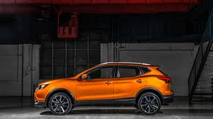 2018 nissan rogue sport. unique nissan 2017 nissan rogue sport lands in detroit photo 3  on 2018 nissan rogue sport s