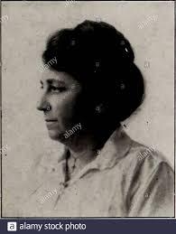 El ISTA . SEÑORA. Louisa YODER, Matrón de Ropp Hall. Podemos vivir sin  amigos; podemos vivir sin