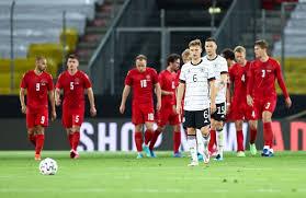 Dänemark braucht zu mindest einen punkt. Qe7xb 7hlzszm