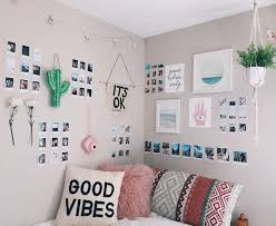 bedroom wall decorating ideas for teenage girls. Bedroom, Teen Bedroom Wall Decor Best Ideas About Creative With Decorating For Teenage Girls L