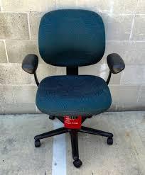 blue task chair. HERMAN MILLER ERGON 3 MID-BACK DESK / TASK CHAIR -NEW EE122PK Blue Task Chair 2