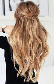 Half Up Half Down Wedding Hairstyles 57 Amazing Highlights Half Up Half Down Wavy Hair Gorgeoushair Hair