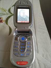 Teléfono móvil Motorola v560 de segunda ...