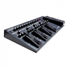 Отзывы о <b>Гитарный процессор</b> Roland <b>BOSS ME</b>-<b>80</b>