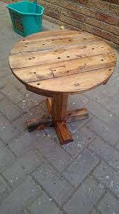 outdoor round table top wood designs