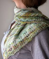 Shawl Knitting Patterns Delectable Free Knitting Pattern Oaklet Shawl Tricksy Knitter By Megan Goodacre