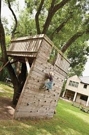 pallet tree house plans unique 19 awesome pallet tree house plans