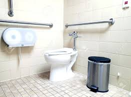 handicap bathtub accessible bathtub seat handicap bathtub shower