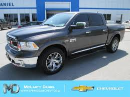 Pre-Owned 2017 Ram 1500 Lone Star 4WD