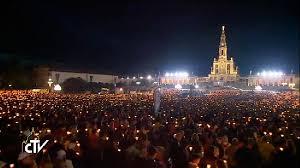 Papa Francisco Portekiz'de Fatıma törenine katıldı