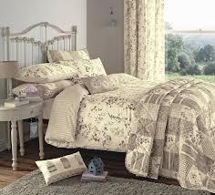 full size of bedroom ravishing vintage quilt bedding set grey metal bed frame lightweight leaves