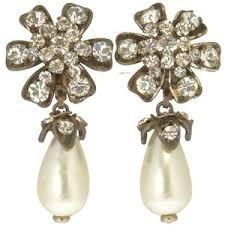 chanel jewellery. chanel strass and pearl drop earrings jewellery n