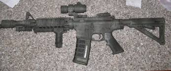 pnwzj com firearms lmtpainted4 jpg