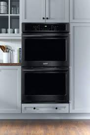 23 inch wall oven gallery series black stainless steel lifestyle view 23 inch gas wall oven