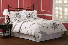 black and white quilt bedding 3 piece quilt set in twin queen or king