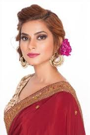 opt for bhi s makeup cles and bee a professional makeup artist we are a well known makeup insute in india enquire now
