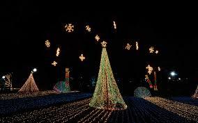 Best Neighborhood Christmas Lights Indianapolis Americas Favorite Cities For Christmas Lights 2016 Travel