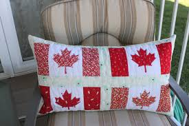 Daydreams of Quilts: Canadian Flag Pillow or Table Runner Tutorial & Canadian Flag Pillow or Table Runner Tutorial Adamdwight.com