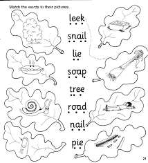 Split into 7 groups, the worksheets contain all 42 letter sounds. Jolly Phonics Workbook 4 Ai J Oa Ie Ee Or